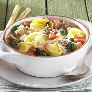Soupe italienne aux tortellinis