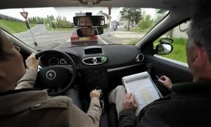 permis-de-conduire-accelere